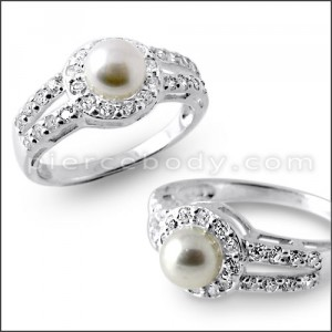 Multi Jeweled Fashion Pearl Studded Silver Ring