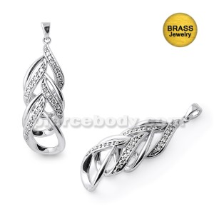 Micro Setting Jeweled Fancy Pendant With Rhodium Platting