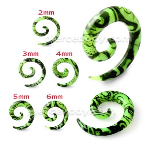Black Pattern In Green Spiral Expander