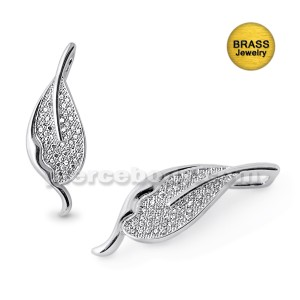 Micro Setting Leaf Pendant With Rhodium