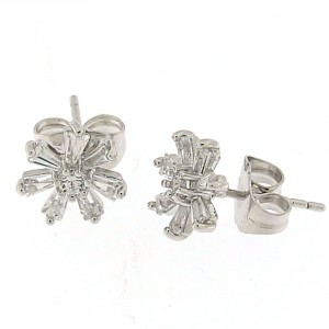 Micro Setting Stone with Flower Ear Stud