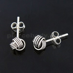 Oxidized 925 Sterling Silver Love Links Ear Stud
