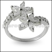 Jeweled Fashionable Flower Silver Ring