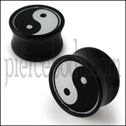 Double Flared Ying Yang Logo Ear Plug