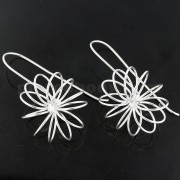 925 Sterling Silver Classic Coiled Flower Earring